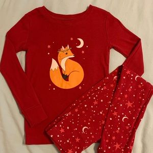 SALE! 5 for $20! Old navy pajama set sz 5t